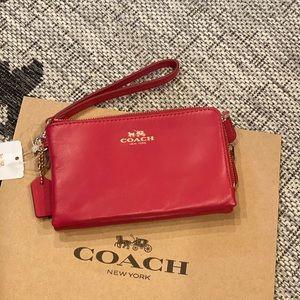 COACH Double Corner Zip Wristlet Clutch Wallet